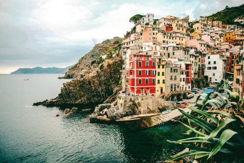 Volunteer Abroad: Indulge Your Interests in Italy