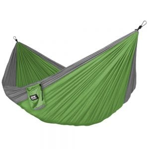 18 Gift Ideas: Men Who Travel Will Love These - Neolite Camping Hammock